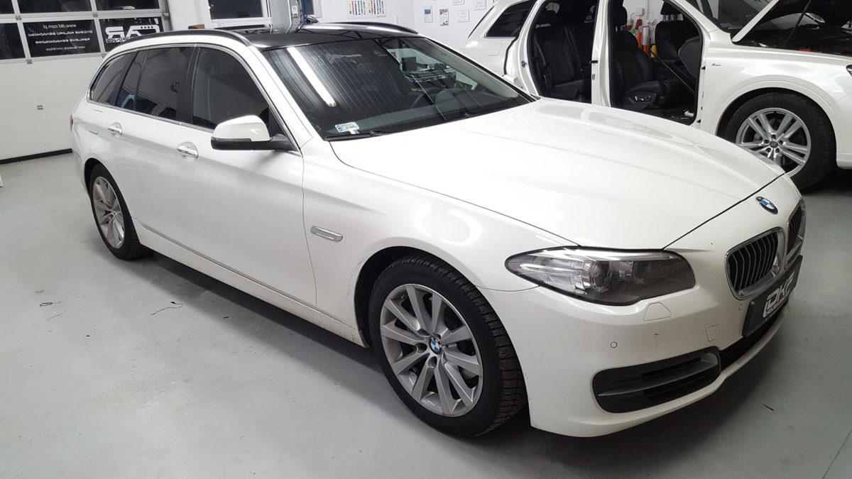 BMW 5 Oklejenie Dachu Czarny Połysk