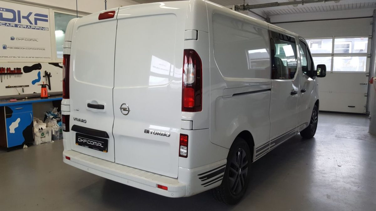 Opel Vivaro Oklejanie Marketingowe