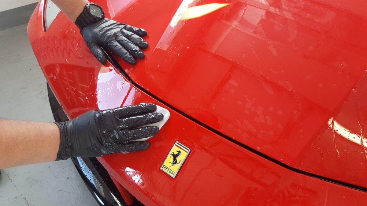 Ferrari GTB 488 Zabezpieczenie Lakieru Folią PPF + Oklejenie Progów Czarny Połysk + Detailing Całości