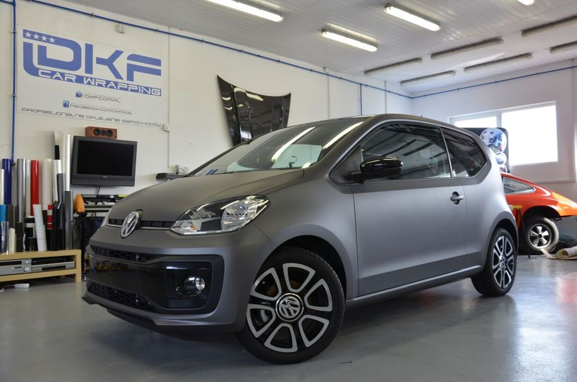 VW UP Zmiana Koloru – Matte Metallic Charcoal