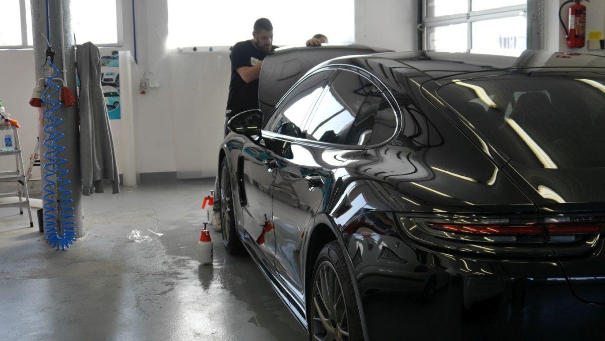 Porsche Panamera Zabezpieczenie Lakieru Folią PPF