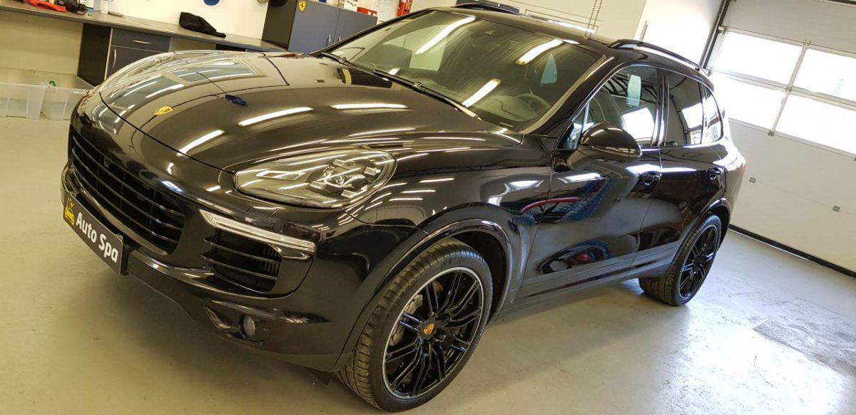 Porsche Cayenne Korekta Lakieru + Wosk 12M