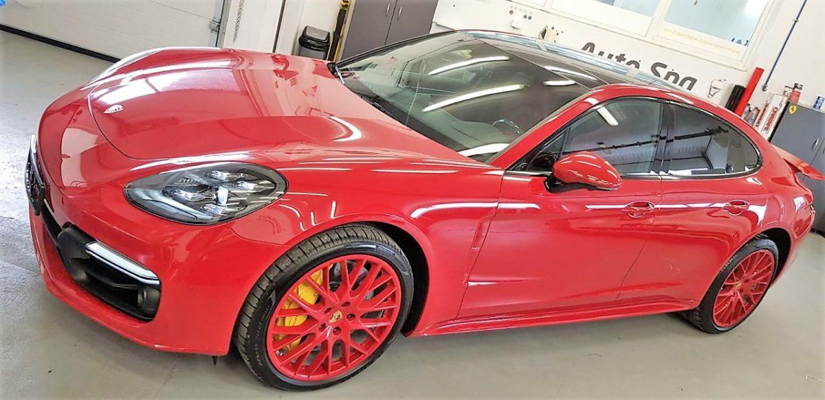Porsche Panamera Oklejenie Pakietu Chrom – Czarny Połysk